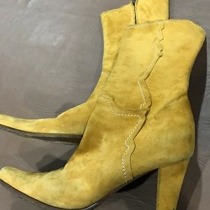 Shoes - Italian camel color suede boots